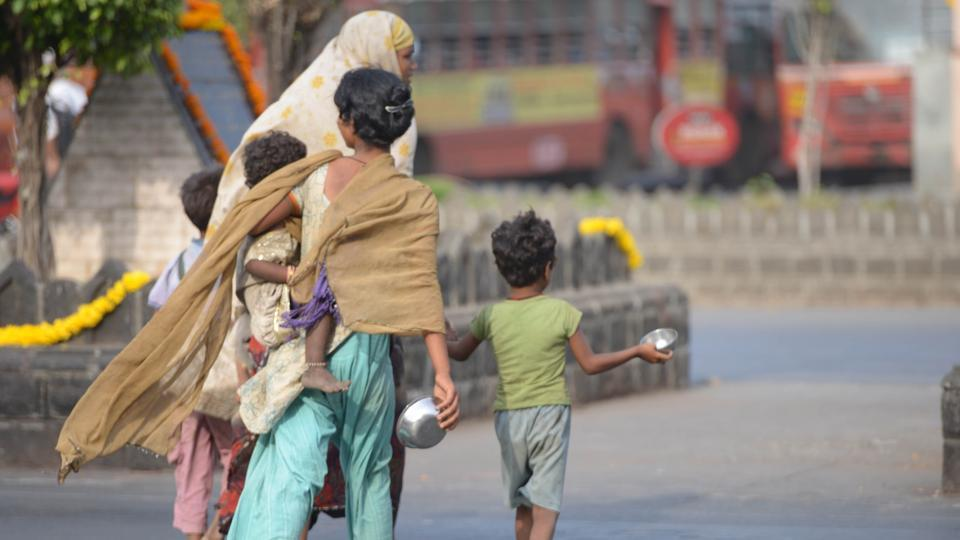begging in india essay 235 words short essay on an indian beggar article shared by begging is  prohibited by law in india but surprisingly, still our country is full of beggars  whom we.