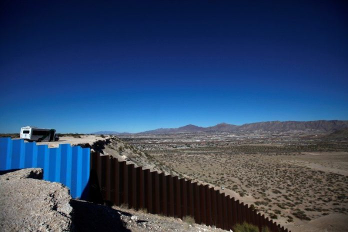 Environmental laws eased by USA for Mexico border wall