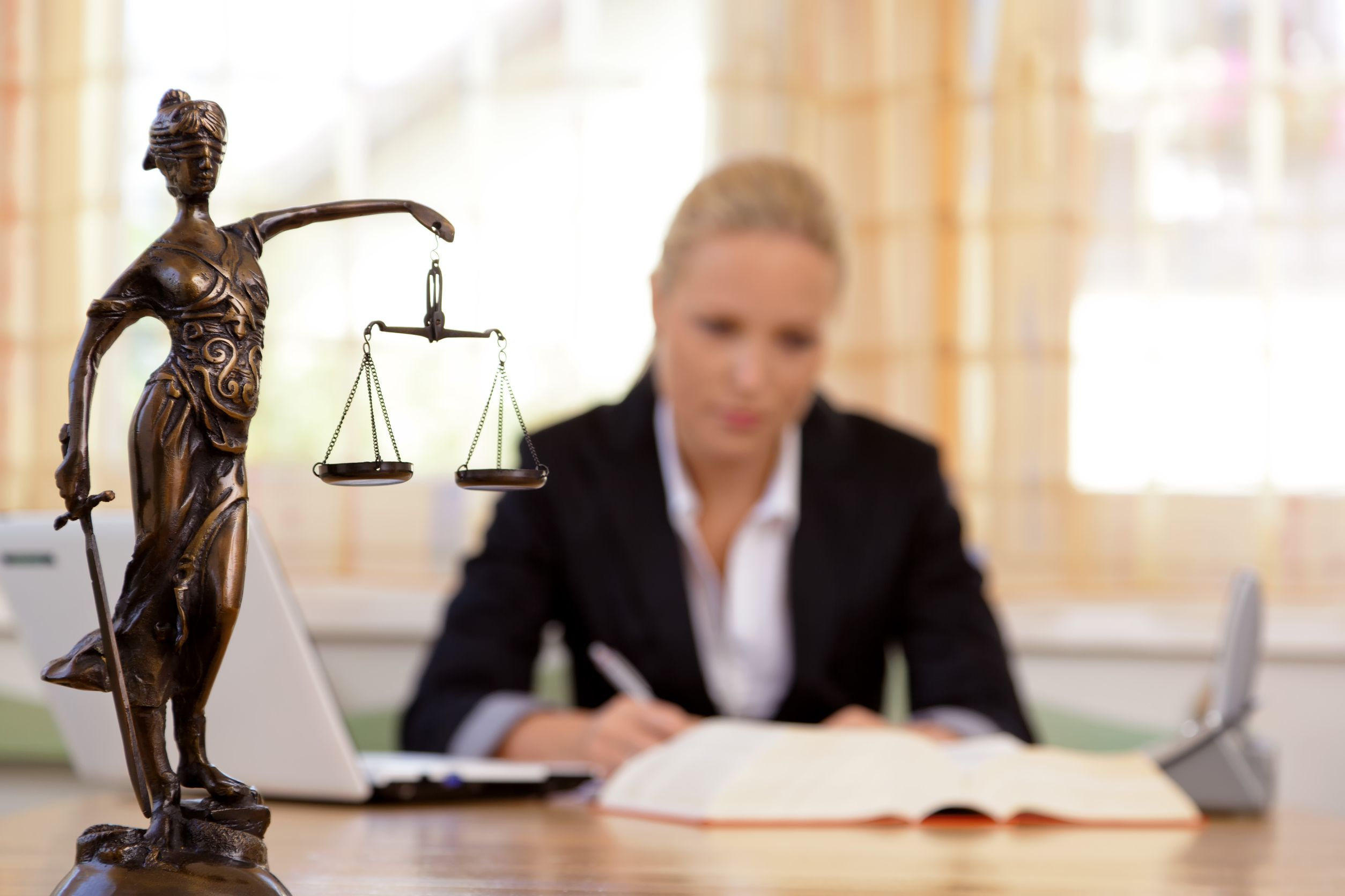 Top Tips To Find The Perfect Lawyer