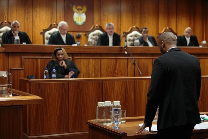 The must-read 15 tips for your Moot Court Competition Woes