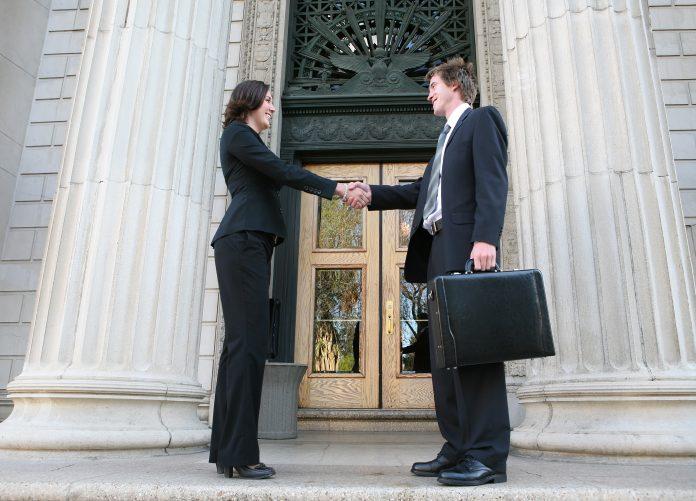 Arbitration Vs Litigation- Is Arbitration better or Litigation?